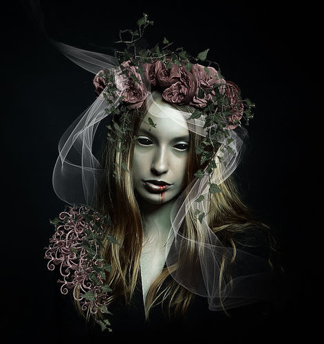 charge of the dark goddess sacred wicca